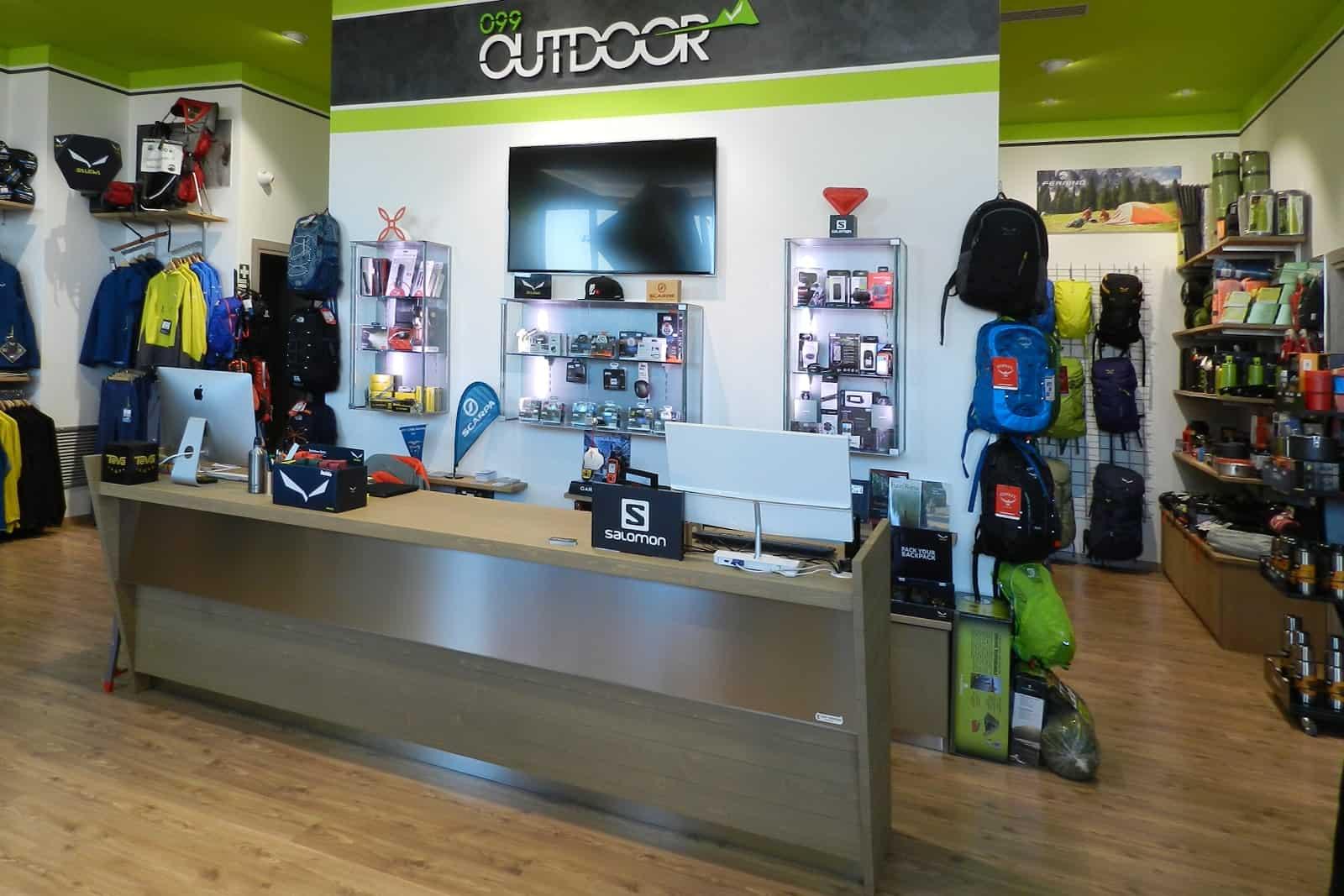 arredo negozi Grosseto - 099 Outdoor - bancone